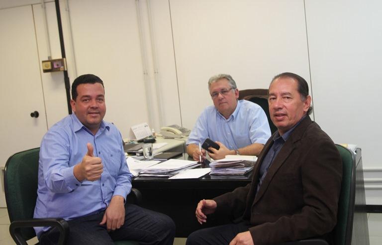 Gerson Claro recebe presidente da Câmara de Vereadores de Sonora